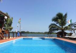 Aqua Safari Resort