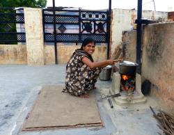 Mughal Heritage Walk:  Preparing Soup