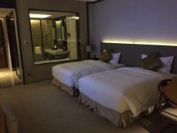 Yonglong International Hotel