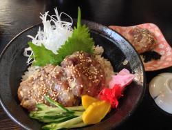 Nakanomiya Sushi