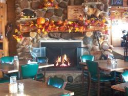Pine Isle Sports Bar & Grill