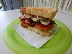 M-Unch Sandwich & Coffee Shop