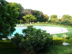 La piscina, di primo mattino
