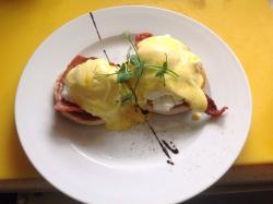 Eggs Benedict at The Tollgate..