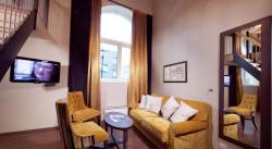 Suite (121845124)