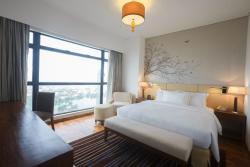 Master Bedroom - 3 Bedroom Business Suite