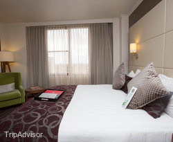 The Park View Suite at the Rydges North Sydney