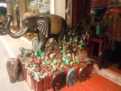 Baan Thai antiques & decors