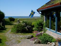 ‪Grimsholmen Bed & Breakfast By The Sea‬