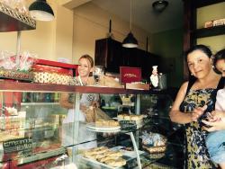 Le petit Cafe Las Flores