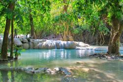 Wang Kan Lueng Waterfall