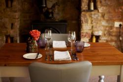 Tudor Farmhouse Restaurant