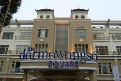 Darmawangsa Square