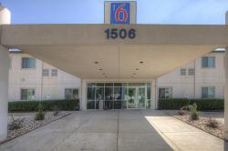 Motel 6 Hillsboro