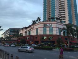 Boulevard Hypermarket (Imperial Mall)
