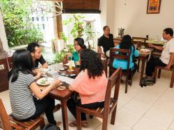 Al-Isha Cafe