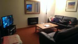 Lodge 2: Living area!