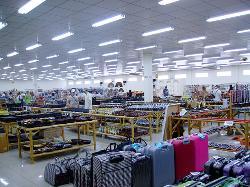 Phuthai Souvenir Market