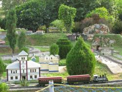 NeverEnuf Garden Railway