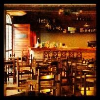 Alfonso Bar y Cafe