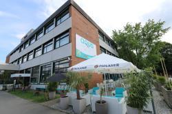 Aqua Hotel & Hostel
