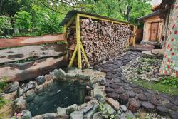 Mikhailovskiye Movnitsy Bath and Spa