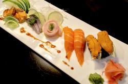 Oishi Sushi & Izakaya