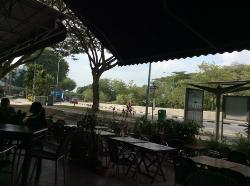 Le Wu Cafe