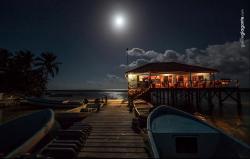 Full moon over Reef's End Restaurant & Bar