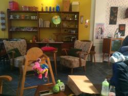 Café Overlock & mikabillys klänningsskrädderi