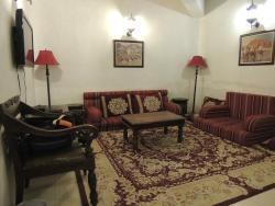 Room 103 Sitting Area