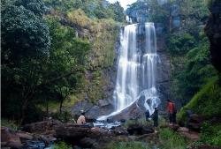 Anashi Waterfall