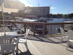 Dockside Sports Bar & Grille