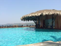 Pool Bar at Goa Marriott Resort & Spa