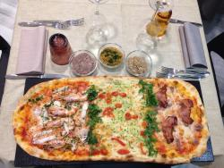 Pizzeria Stuzzicheria Sassi Neri