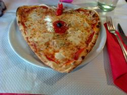 Pizza Nella