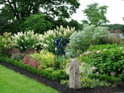 Linden Hill Gardens at Jerry Fritz Garden Design, Inc.