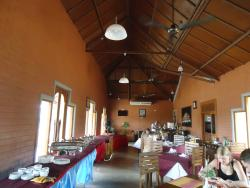 Mahanuge Restaurant