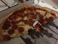 Toto's Restaurant & Pizzeria