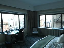 corner guest room
