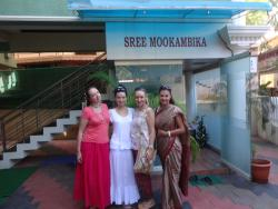 Sree Mookambika, entrance & reception
