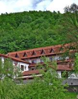 Hotel McPietroasa