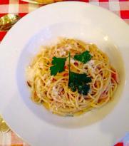 Uno's Trattoria and Pizzeria