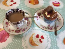 Honey B's Tea Rooms & Takeaway