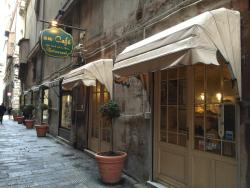 Au Café Restaurant
