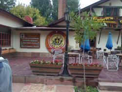 el frente del restaurant