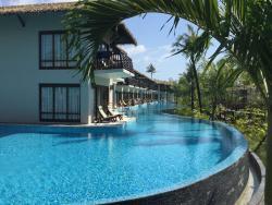 Beautiful Infinity pools overlooking the sea