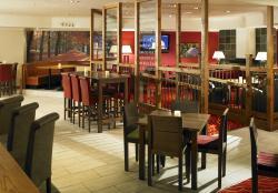 Zest Bar & Restaurant