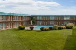 SureStay Hotel by Best Western McPherson