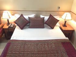Ekant Hotel